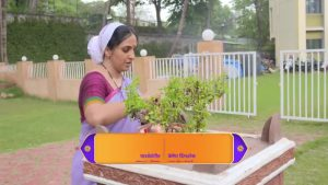 Aai Kuthe Kay Karte 13th July 2020 Full Episode 83 Watch Online